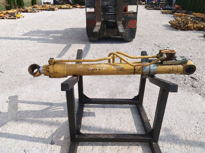 Caterpillar hydraulic cylinder for  311 excavator