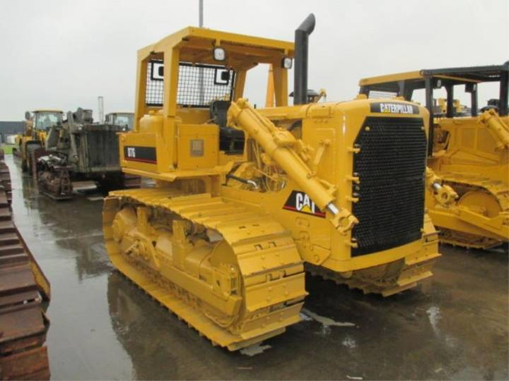Caterpillar CAT D7G *** REBUILT *** - 2002