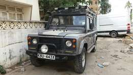 Landrover defender 110 diseal manual clean and in working condition