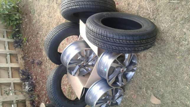 New 14 inch rims and tires for nissan wingroad South C - image 2