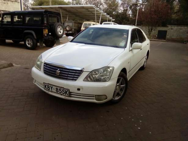 Toyota Crown 2007 Model In Very Good Condition Karen - image 2