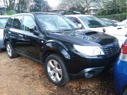 2010 Subaru Forester TX,4WD,2000CC,Sunroof,Leather Seats,Back Camera