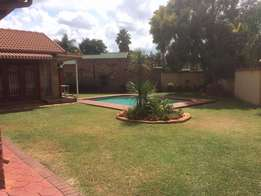 Stunning and spacious home in Doornpoort R11500