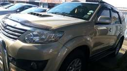 Toyota fortuner 2013 A/T