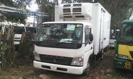 Refrigerated Mitsubishi Fuso canter manual Diesel