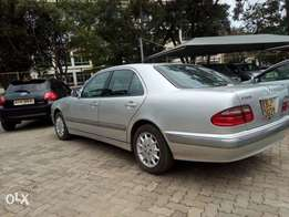 Mercedes Benz E240 mint condition