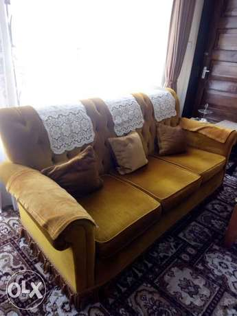 Grab 4sigles+3seater+swing chair for only 50k City Centre - image 3