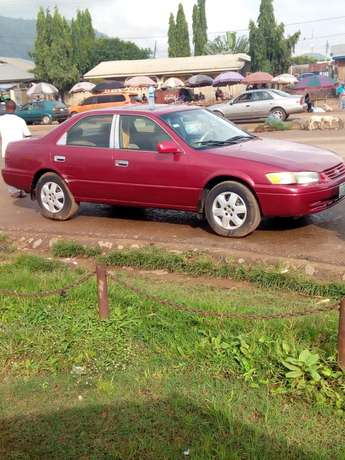 Clean Toyota Camry for sale Kubwa - image 5