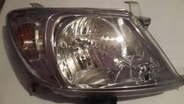 UNBEATABLE PRICE Brand New ORIGINAL 2011 Toyota Hilux Headlight