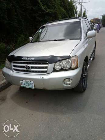 Toyota Highlander 2003 Model Very Clean Naija Used Perfectly Condition Ikeja - image 1