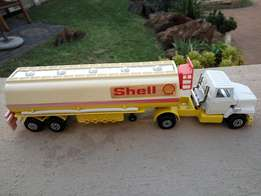 Matchbox Superkings K16 Ford Lts Articulated Petrol Tanker -Shell