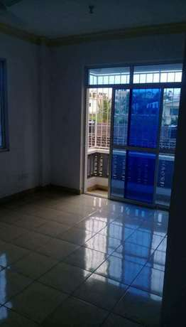 Smart two bedroom house at beacon to let Bamburi - image 2