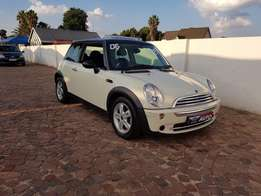 2006 Mini cooper 1.6,only 98000 kms, with full service history and spa