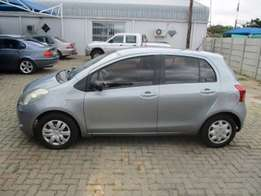 Toyota yaris 1.3 T1 5dr a/c