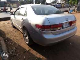 Very clean Nigeria used Honda Accord 2005 model for sale.