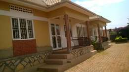 A 2 bedroom house for rent in katabi at 700,000