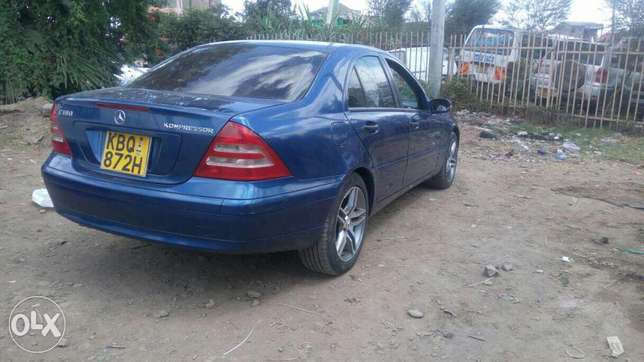 Mercedes Benz C 180 Kompressor ,extremely clean. Buy and drive Embakasi - image 2