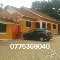 Buziga Konge 3 bedrooms at 1m. Only 4 units
