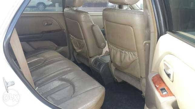 Toyota Harrier In perfect condition Lavington - image 7