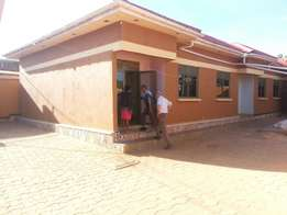 2bedrooms house on Gayaza road, 8miles.