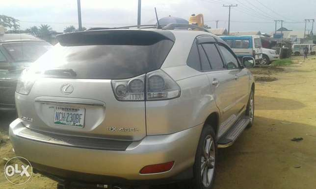 Neatly used lexus rx 4oo h for sale Port Harcourt - image 2