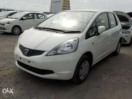 Honda fit 2010 kcp 1300cc super clean buy and drive auto