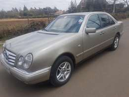 Mercedes-Benz E200,year 2001,Auto,New tyres asking Ksh.850,000