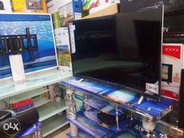 Smart OFFER!!TCL 48inches Smart tv with warranty