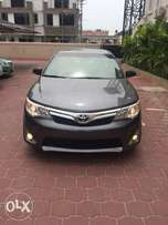 2013 Model Toyota Camry Xle V6 Toks Selling Fully Loaded