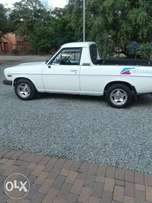 Nissian Second Hand Bakkie with Conopy