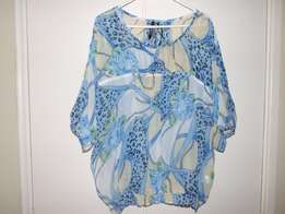 Ladies Clothing - Assorted From Sizes 20-24
