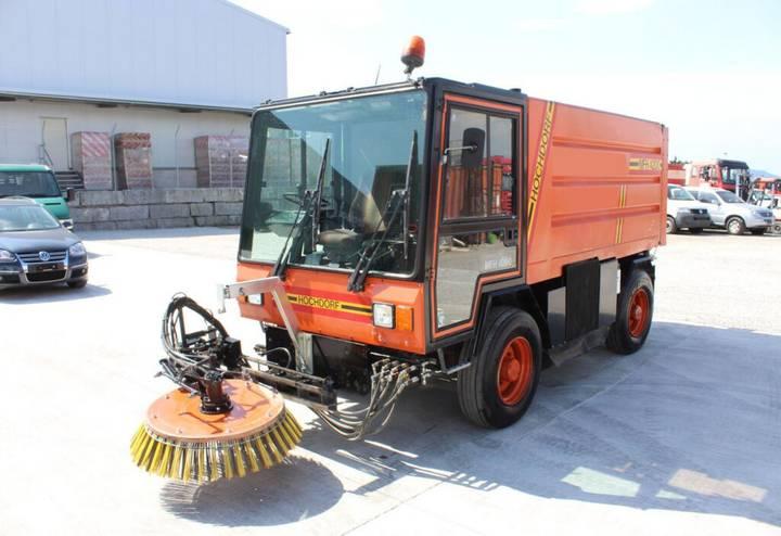 Mfh andere hochdorf  4200 strassenkehrmaschine road sweeper - 1994