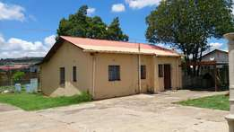 Room to share in a Commune near Tshwane South College