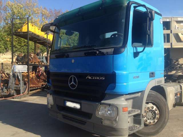 Mercedes-Benz ACTROS 1836 CABINE MOYENNE 4X2 - 2008