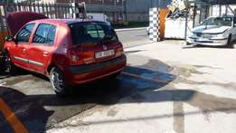 Stripping for parts Renault Clio 1.4