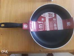 Heavy and quality non stick frying pan
