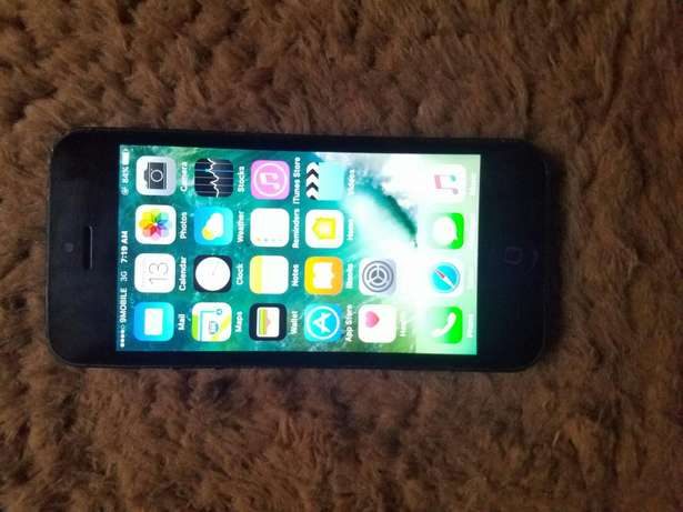 a very clean US used iphone 5 for sale Ikeja - image 1