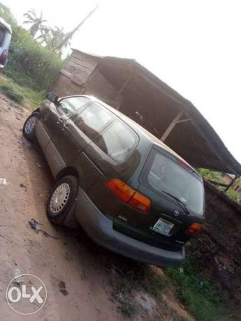 Clean Toyota Siena for sale Awka South - image 5