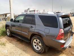 Well used 2004 sport 4runner jeep
