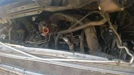 vw kombi t5 2.0tdi stripping 4 spares 2011