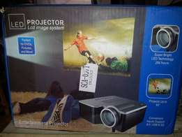 Uk Used Led Mini Projector with SD, USB & AV Inputs & Support