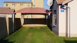 fleurhof 3 bedroom house available to rent R3,900
