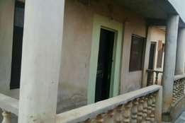 2bedroom to let in otun akute 130