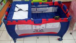 Foldable baby cots