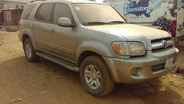 Toyota Sequoia (2004)NO ISSUES