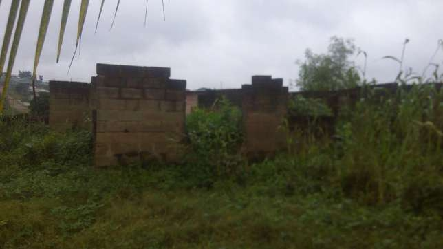 Urgent Sales 3 Bedroom Uncompleted Building Ibadan South West - image 3