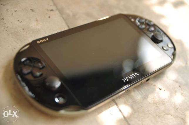 PS VITA NEW used 1 week only, complete box Ilala - image 3