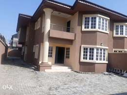 5 bedroom with bq in lekki phase 1,lagos