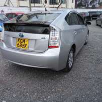 TOYOTA PRIUS (Hybrid) 2010YR-Excellent Good condition.(SPECIAL OFFER).