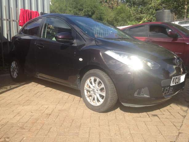 Mazda Demio for sale Langata - image 2